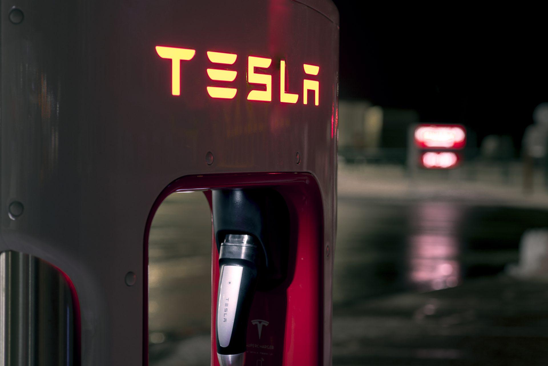 Tesla supercharger - Pescara - Abruzzo