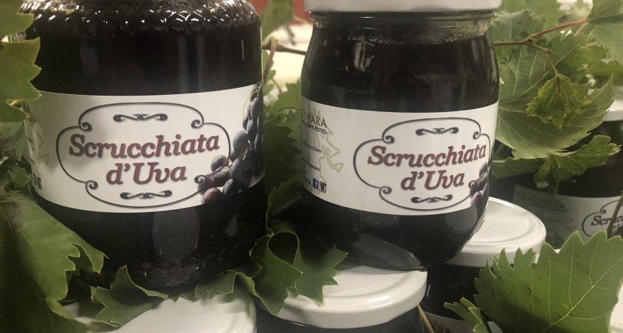 la tradizionale marmellata d'uva abruzzese
